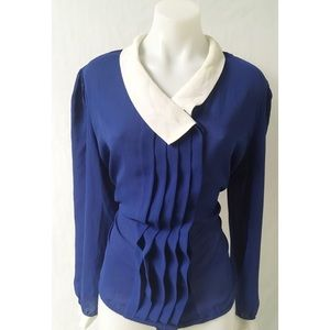 Blue/White Pleated Vintage Top Size Large